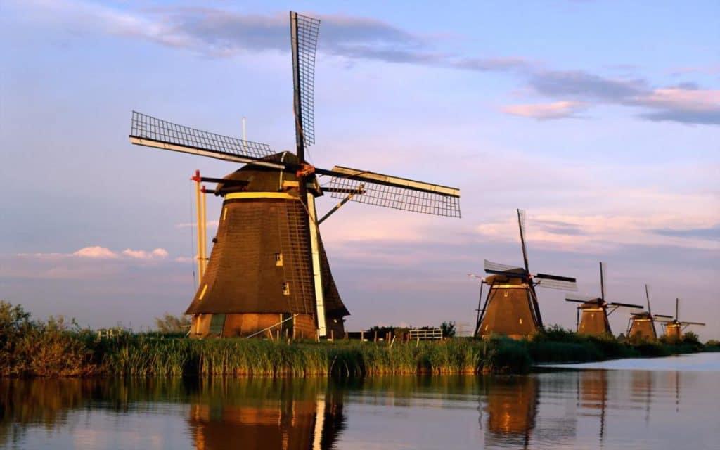 Kinderdijk Molinos de viento en Roterdam